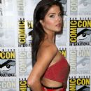 Marie Avgeropoulos – Comic-Con International 2016 - 'The 100' Press Line - 454 x 681