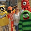 Amber Heard - Yo Gabba Gabba! Helping To Build A Home For Habitat For Humanity On August 12, 2010 In Lynwood, California