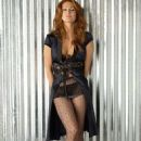 Angie Everhart - 454 x 706