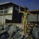 Sally Kellerman - 454 x 673
