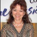 Linda Hart - 225 x 330