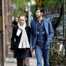 Natalie Portman And Devendra Banhart Holding Hands In NYC, 2008-05-01