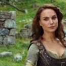 Natalie Portman as Isabel in  Your Highness - 454 x 255
