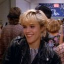 Christine Elise as Emily Valentine in Beverly Hills, 90210 - 454 x 590