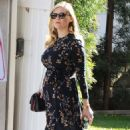 Kirsten Dunst– Out and about in Los Angeles