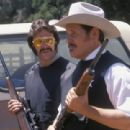Right: William Forsythe (as Sheriff John Wydell) in The Devil's Rejects. - 454 x 311