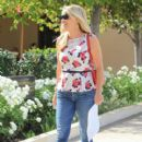 Reese Witherspoon is seen in Beverly Hills September 1,2015