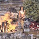 Lais Ribeiro Shooting a commercial for Victoria Secret's upcoming holiday catalog in Aspen - 454 x 382