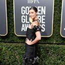 Caitriona Balfe – 2018 Golden Globe Awards in Beverly Hills - 454 x 681