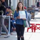 Jamie Chung – Out and about in Los Angeles - 454 x 649