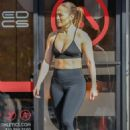 Jennifer Lopez in Tights – Heads to the gym in Venice Beach