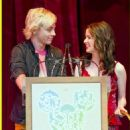 Laura Marano and Ross Lynch - 454 x 678