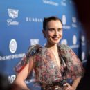 Lily Collins : The Art of Elysium  (5 January  2019) - 400 x 600