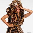 Gisele Bündchen - Vogue Magazine Pictorial [France] (August 2017) - 454 x 588