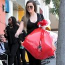 Khloe Kardashian: out shopping in Beverly Hills
