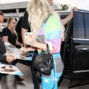 Kesha Sebert – Spotted at Lax Airport In Los Angeles - 454 x 704