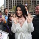 Laura Pausini – Leaves a hotel in Paris - 454 x 606
