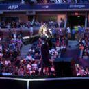 Shania Twain – 17th Annual USTA Foundation Opening Night Gala in NYC - 454 x 303