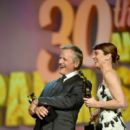 Linda Cardellini : 30th Annual Palm Springs International Film Festival Film Awards Gala - 400 x 600