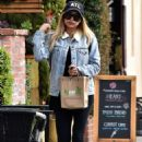 Naya Rivera – Goes to Kreation Kafe in Los Angeles - 454 x 665
