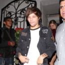 Louis Tomlinson and Briana Jungwirth - 454 x 707