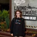 Maisie Williams – 'The Walking Dead: Living Nightmare' in Chertsey