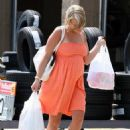 Jamie-Lynn Spears - Shopping At Wal-Mart - May 30, 2008