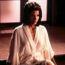 Sandra Bullock as Lenina Huxley in Demolition Man - 454 x 696