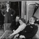 My Fair Lady Original 1956 Broadway Cast Starring Rex Harrison Julie Andrews - 454 x 372