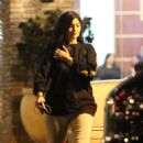 Kylie Jenner – Night out in Calabasas - 454 x 724