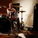 Chris Hesse - 454 x 681