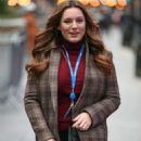 Kelly Brook – Arriving at The Global Radio in London - 454 x 681