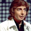 Barry Manilow - 454 x 395