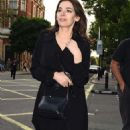 Nigella Lawson out in Notting Hill - 454 x 844