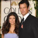 Fergie and Josh Duhamel - 454 x 568