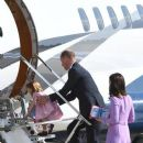 Prince Windsor and Kate Middleton in Hamburg Airport - 385 x 600
