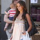 Jennifer Love Hewitt - Beverly Hills Candids, 12.07.2009.