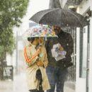 Jenna Dewan and Steve Kazee – Out on a rainy day in LA - 454 x 681
