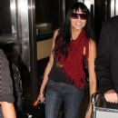 Tinsel Korey Arrives at LAX With Her Guitar - 367 x 594