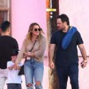 Hilary Duff – In jeans out in Los Angeles - 454 x 681