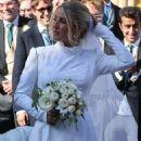 Ellie Goulding at her wedding to to Caspar Jopling in York - 454 x 763