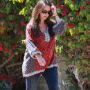 Jennifer Love Hewitt Out In La