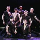 Broadway Dancers - 454 x 363