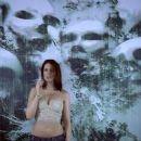 Julienne Davis - 359 x 255