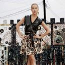 Carolyn Murphy - Elle Magazine Pictorial [United States] (September 2014)
