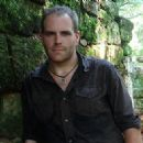 Josh Gates - 362 x 327
