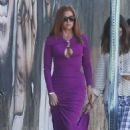 Isla Fisher – Filming 'The Beach Bum' in Miami - 454 x 681