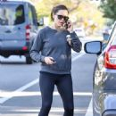 Jennifer Garner – Takes a morning walk while on the phone in Brentwood