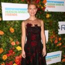 Claire Danes – Hudson River Park Gala in New York - 454 x 734
