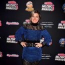 Kelly Clarkson – 2018 Radio Disney Music Awards in Hollywood - 454 x 681